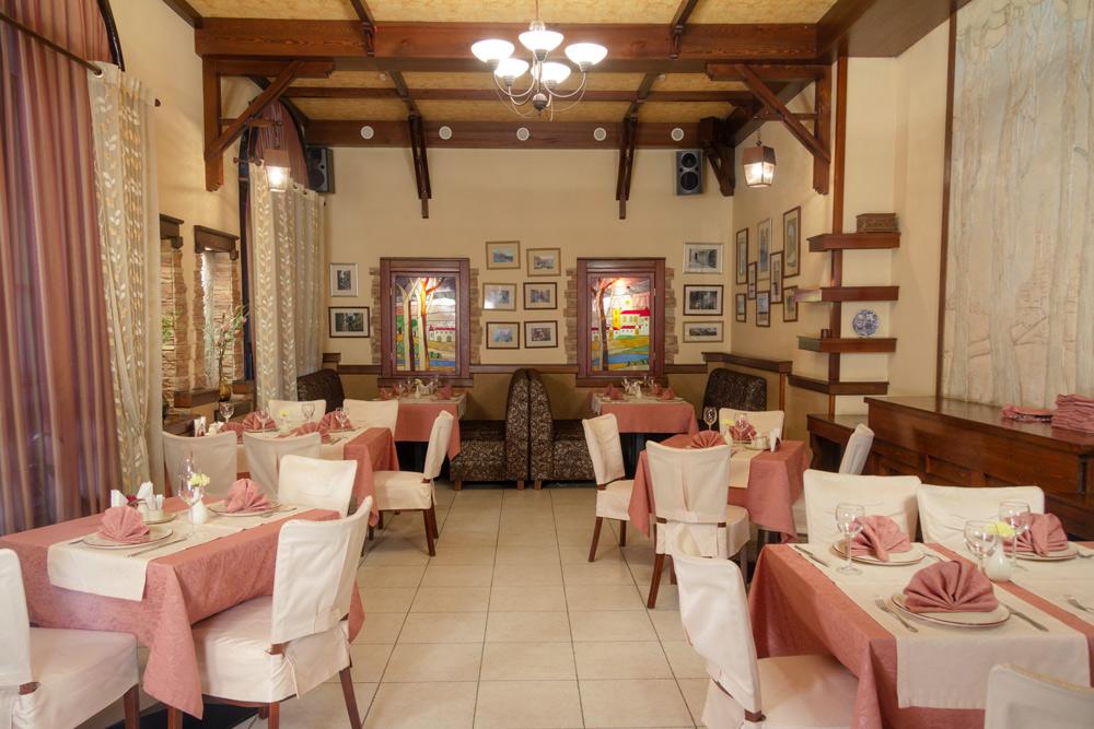 Ресторан Тихая площадь - фотография 7