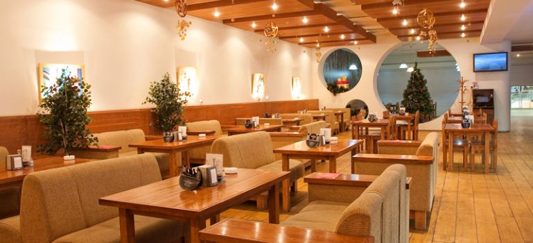 Ресторан Зайцы - фотография 1