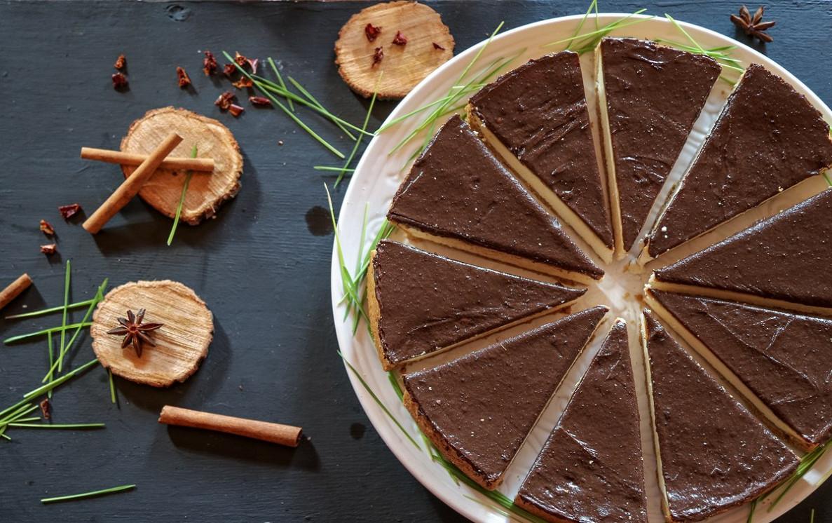 Ресторан Isoulcafé - фотография 1 - восточные, веганские и сыроедческие сладости