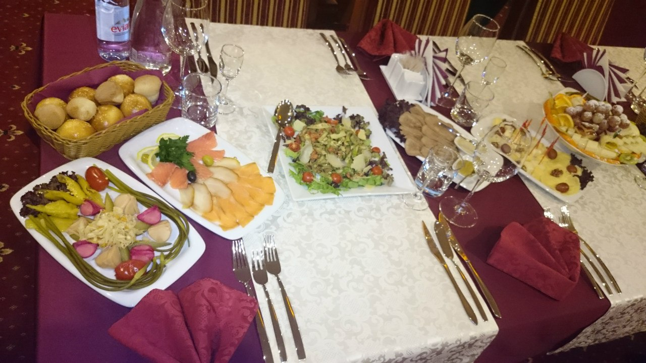 Ресторан Status - фотография 3
