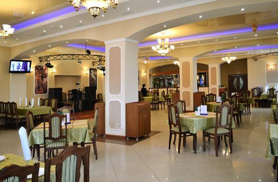 Ресторан Фаворит - фотография 5
