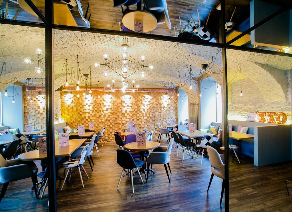 Ресторан Ozz - фотография 1 - Стильное место