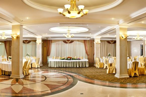 Ресторан Золотой зал - фотография 1
