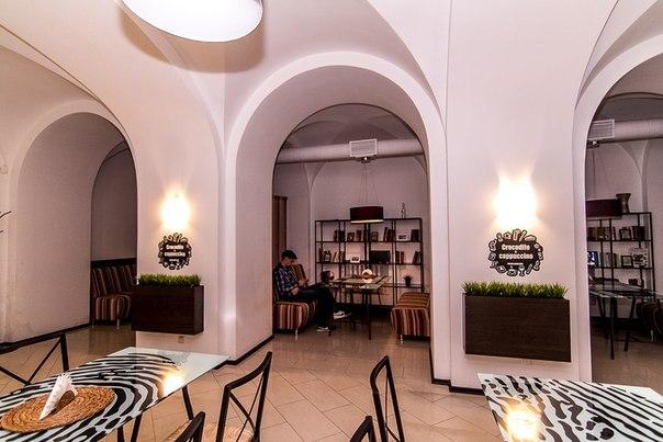 Ресторан Crocodile & Cappuccino - фотография 2