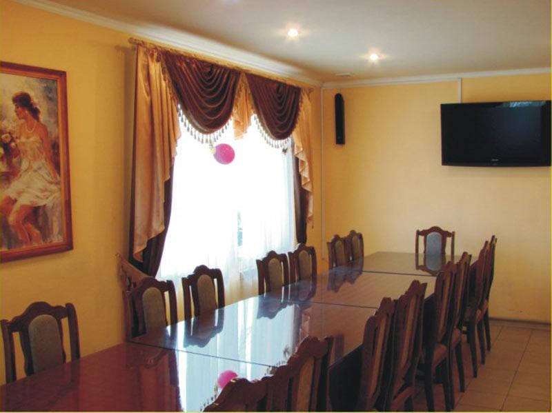 Ресторан У Гургена  - фотография 2
