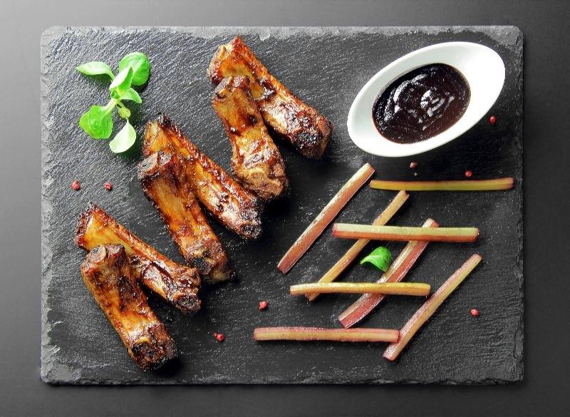 Ресторан Pool Bar & Grill - фотография 6 - Шотландские свиные рёбра.