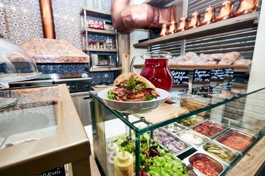 Ресторан Тат & Бургер - фотография 1