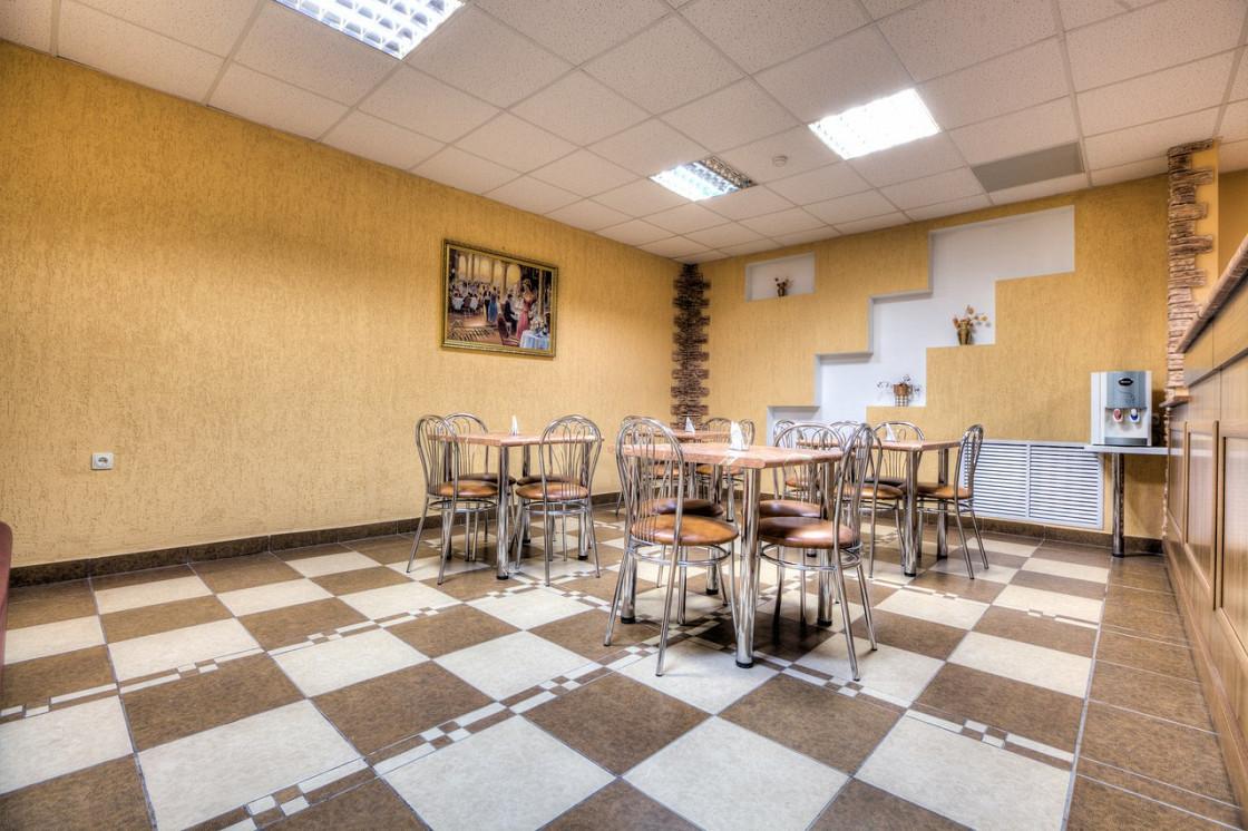 Ресторан Кафе - фотография 1