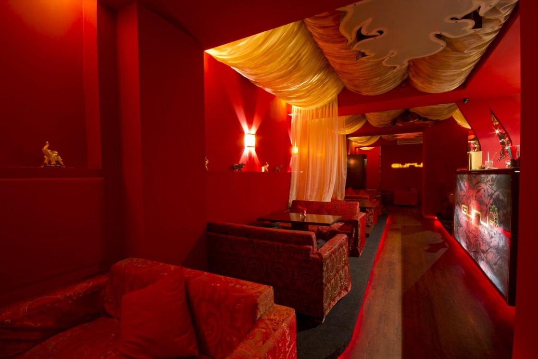 Ресторан Guru Bar - фотография 1