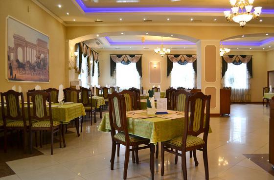 Ресторан Фаворит - фотография 7