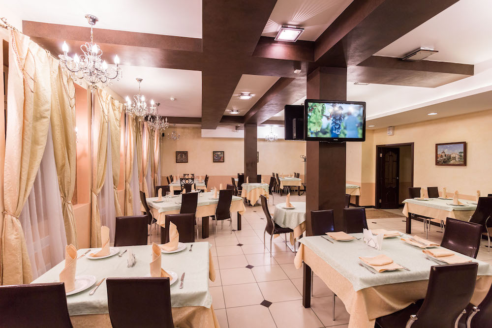 Ресторан Душа Сербии  - фотография 3 - Фото зала