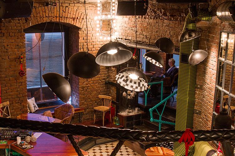 Ресторан Dictatura Estetica Bar - фотография 1
