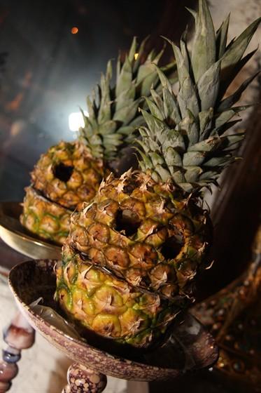 Ресторан Shisha - фотография 20 - Кальяны на ананасе!