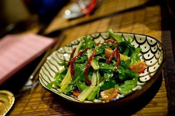 Ресторан Путь йоги - фотография 4 - Агра. Салат с мини овощами