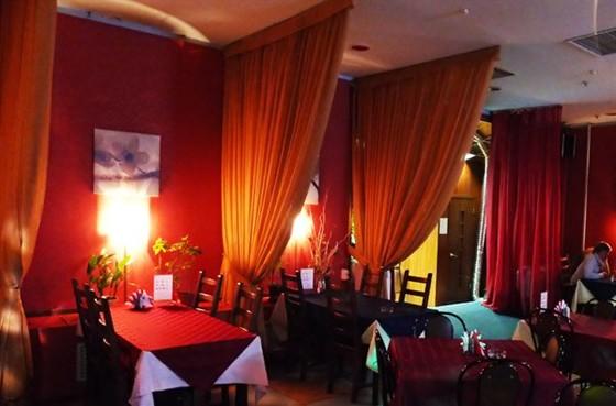 Ресторан Тема - фотография 2 - Общий вид зала - 2