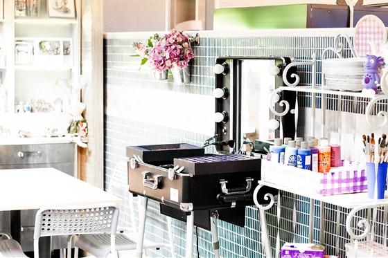 Ресторан Ribambelle Green - фотография 10 - Творческая мастерская