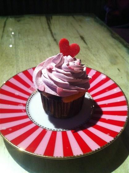 Ресторан Willy Wonka - фотография 2 - Валентиновы Капкейки
