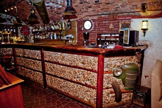 Ресторан Ели-пили - фотография 1