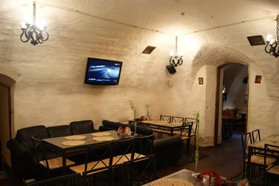 Ресторан Табурет - фотография 19 - Зал Диваны