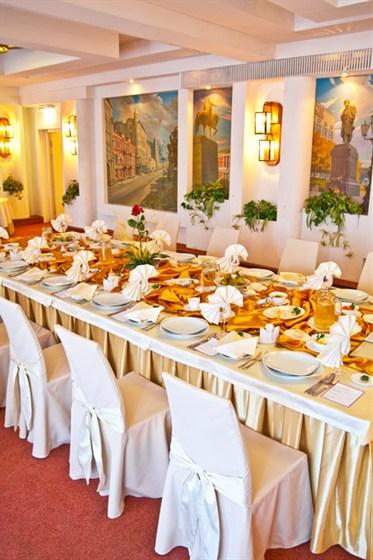 Ресторан Вега - фотография 6 - Банкетный зал Московский