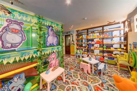 Ресторан Любимый - фотография 19 - Детская комната. Kids Corner