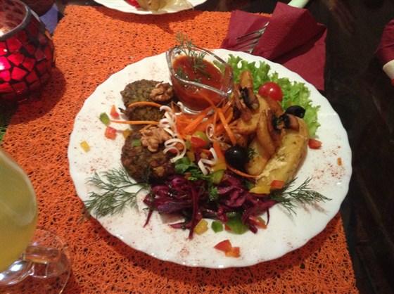 Ресторан Фрида - фотография 10 - Второе грузинского бизнес-ланча