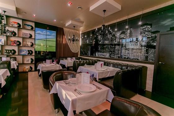 Ресторан Night City - фотография 12