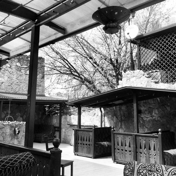Ресторан Бричмулла - фотография 1 - Веранда