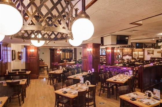 Ресторан Максимилианс - фотография 19