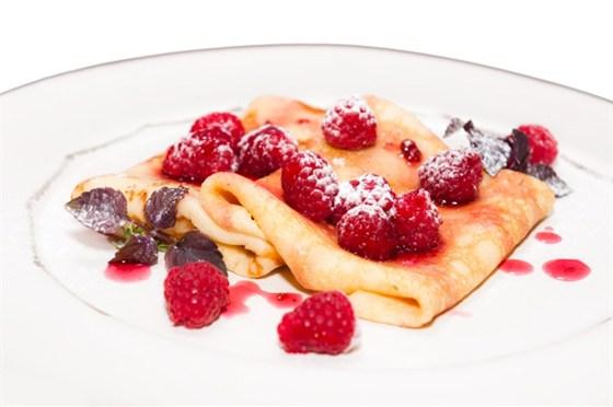 Ресторан Saperavi Café - фотография 37 - Масленица! Блины с малиной и мацони!