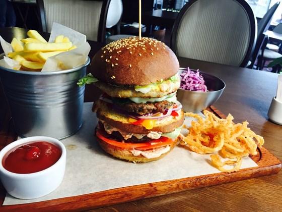 Ресторан Burger Bar - фотография 4