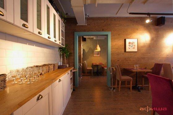 Ресторан Все свои - фотография 9