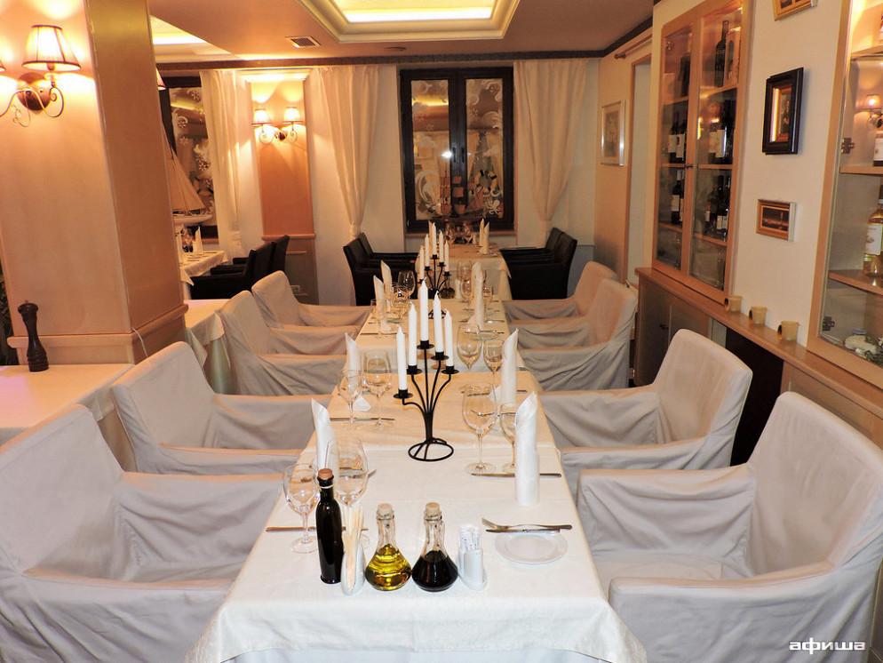 Ресторан Ботик Петра - фотография 2