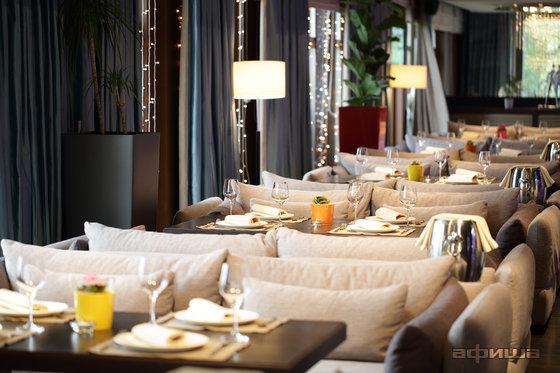 Ресторан Светлый - фотография 26