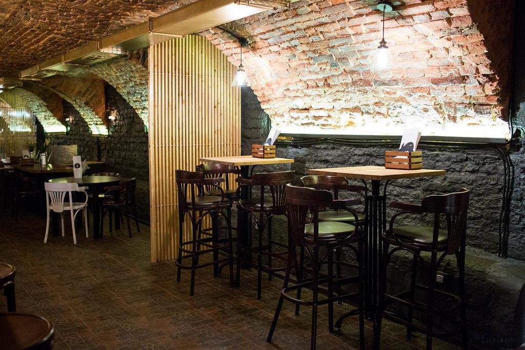 Ресторан The Y Bar - фотография 9
