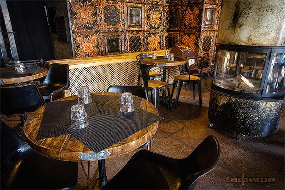 Ресторан Blacksmith Irish Pub - фотография 17