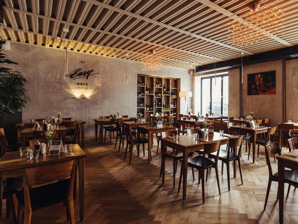 Ресторан Easy Brix Grill & Wine - фотография 9