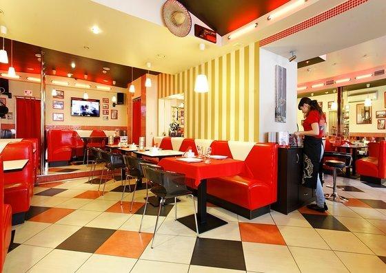 Ресторан BM Café - фотография 2