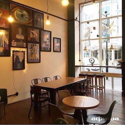 Ресторан Библиотека кофе - фотография 7