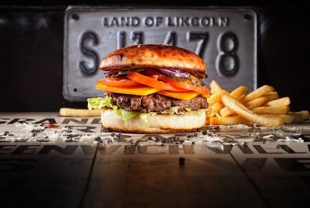 Ресторан Burgers & Bakery - фотография 8
