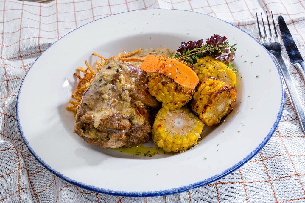 Ресторан Крымская кухня - фотография 21