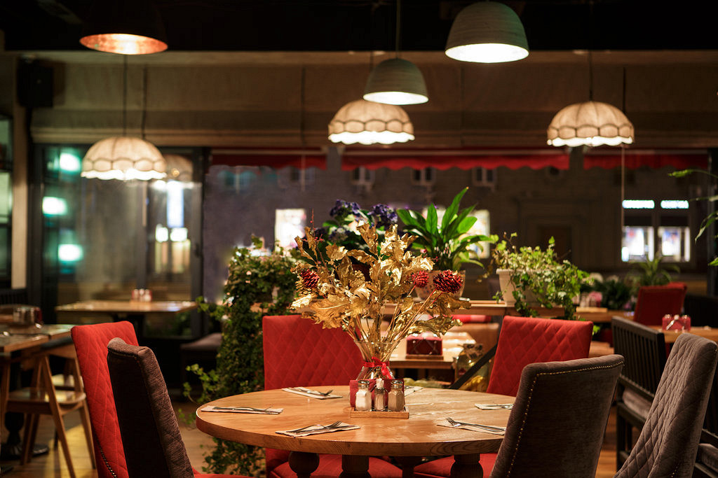 Ресторан Батони - фотография 9