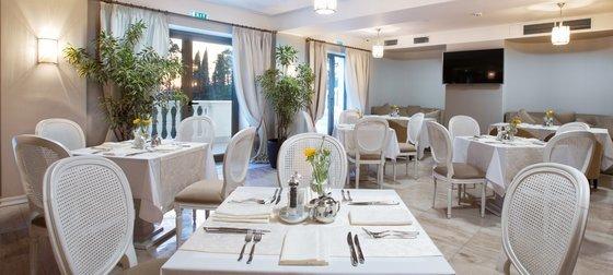 Ресторан Вилла - фотография 1
