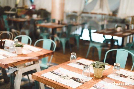 Ресторан Casual Café - фотография 17