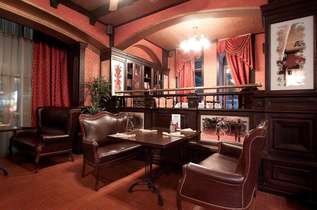Ресторан Morris Pub - фотография 11