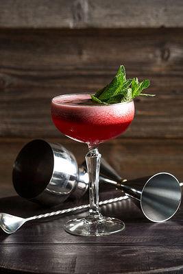 Ресторан Corks Wine Bar & Kitchen - фотография 7