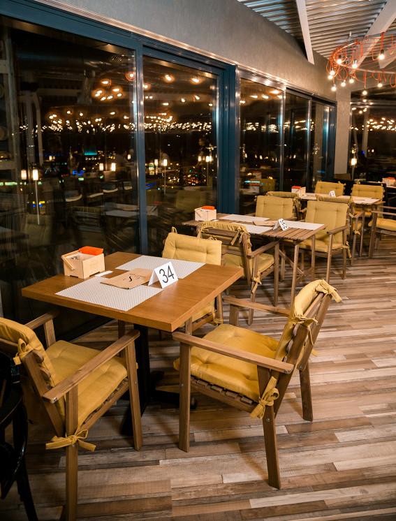 Ресторан Sky 8 Terrace & Grill - фотография 3