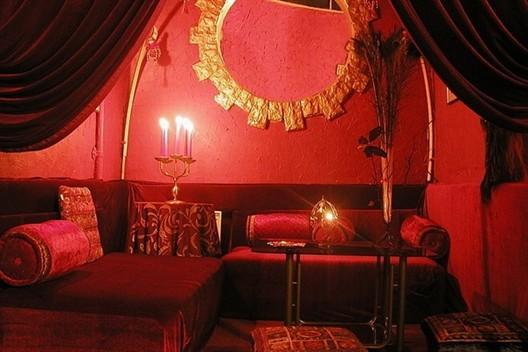 """Ресторан Цвет граната - фотография 3 - Уютный будуар в ресторане """"Цвет граната"""""""