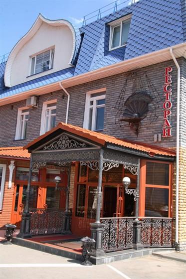 Ресторан Черная жемчужина - фотография 1 - Главный вход