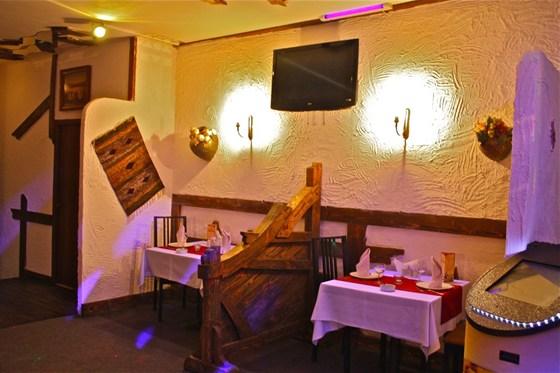 Ресторан Домашний очаг - фотография 8